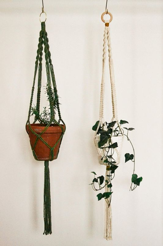 Fibre artist Laura Dyer's macrame plant holder workshop